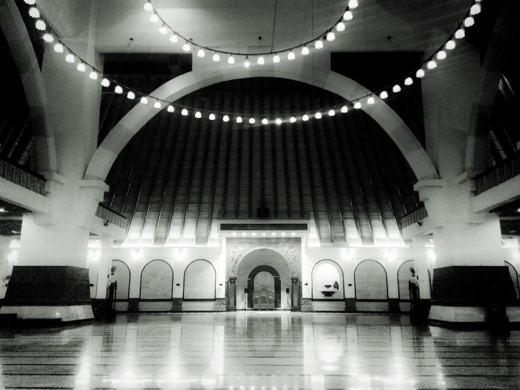 Bagian dalam Masjid Agung